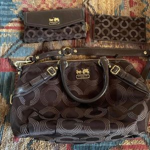 Coach brand purse handbag with matching wallet